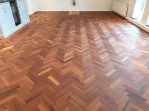 Gelakte houten vloer